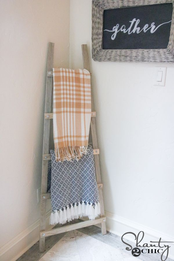 Build this DIY Modern Blanket ladder with only 3 basic tools! Easy to build and perfect for beginners. Free plans and how-to video at www.shanty-2-chic.com