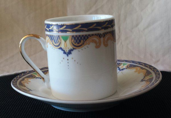 Set of 4 Espresso Cup and Saucer