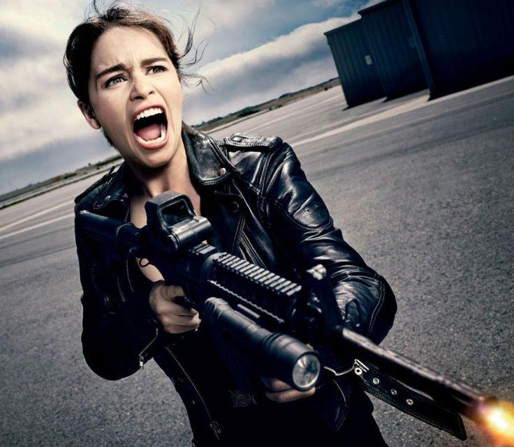 Emilia Clarke en la piel de Sarah Connor en Terminator Génesis