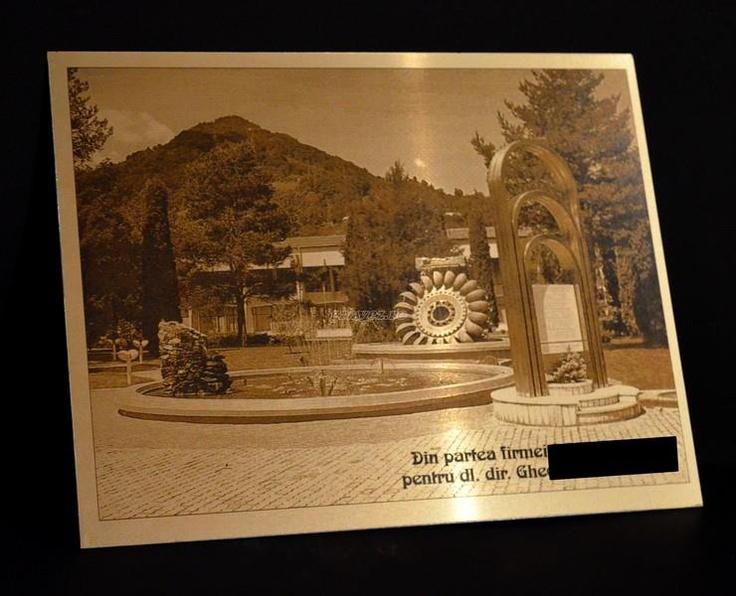 laser photo-engraving on alumamark by gravez.ro