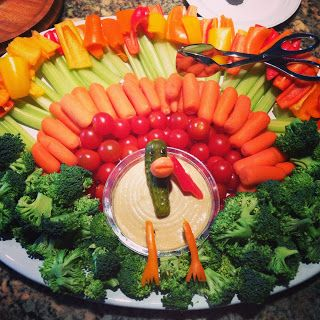 Cute veggie tray for home or school!