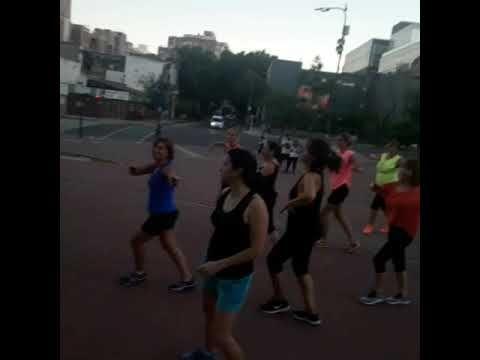 Dance Tips - Video :  Zumba en el Parque Lezama  Zumba en el Parque Lezama  Video  Description #zumbaconpao . Paola Zumba Zin . Buenos Aires Argentina  #Videos https://fitnessmag.tn/videos/dance-tips-video-zumba-en-el-parque-lezama/