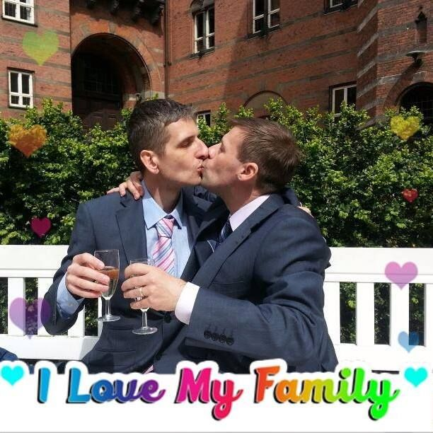 We are a happy family ! #LgbtTravels LGBT Travels https://sites.google.com/site/srokunet/home