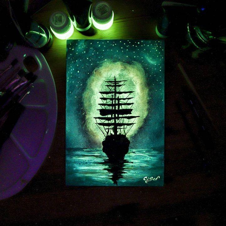 Les tableaux phosphorescents qui changent daspect dans le noir de Cristoforo Scorpiniti Dessein de dessin