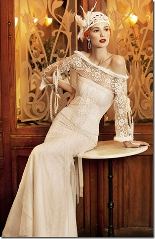 Vintage inspired wedding dress  ... this literally took my breath away. What a magnificent dress.