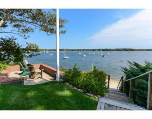 350 best images about new england dream homes on pinterest for Cape cod beach homes
