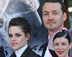 Kristen Stewart, Robert Pattinson, Rupert Sanders: Today's latest  news +pictures    The latest news on all 4 people in the hottest cheating scandal of the year.   Kristen Stewart and Rupert Sanders, and their betrayed mates -  Robert Pattinson and Liberty Ross at http://www.examiner.com/article/kristen-stewart-robert-pattinson-rupert-sanders-today-s-latest-news-pictures   Pictures of all 4 at…