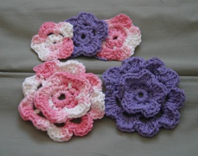 Once Upon A Time............: Crochet Flower Hair Clip Tutorial