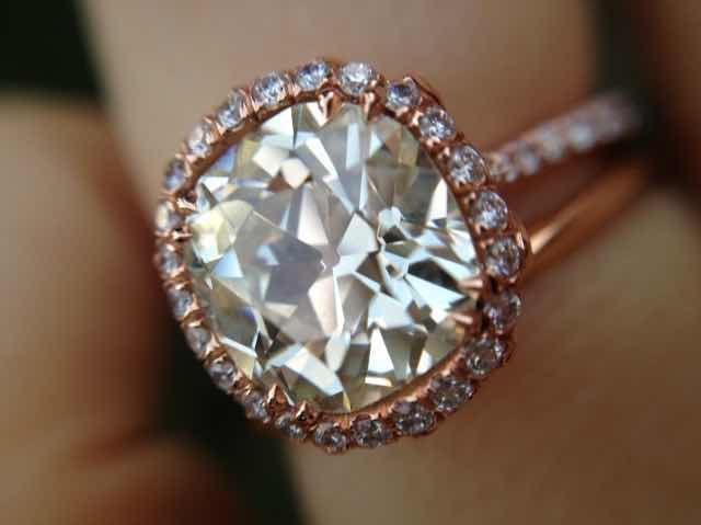 Delicate and Divine: 2.75ct OMB in Rose Gold Halo Ring