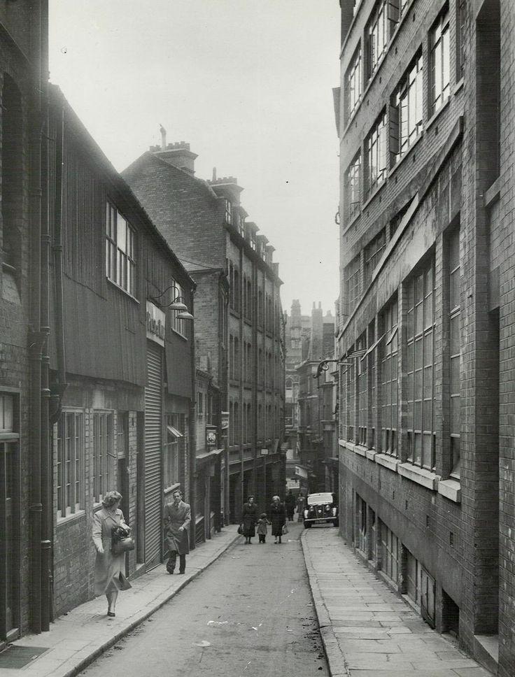 Needless Alley 1950s