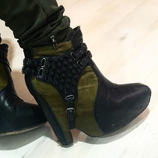 #militar #army Me encantan #samedelman  #samedelmanshoes otra vez #highheels #Shoes