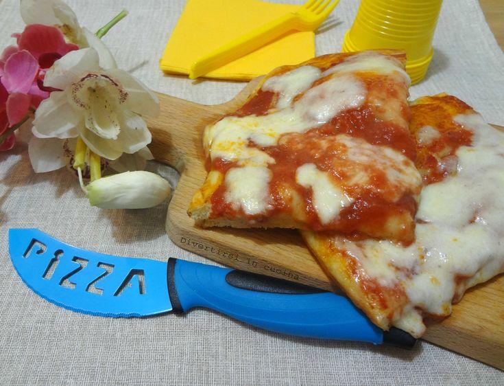 Ricetta impasto per pizza fatta in casa. Ecco laricettadel mioimpasto per pizza. Unaricetta sempliceda realizzare con pochi ingredienti.