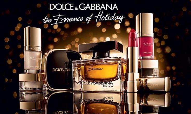 Dolce & Gabbana Natale 2015: The Essence Of Holiday - http://www.beautydea.it/dolce-gabbana-natale-2015-the-essence-of-holiday/ - Vi presentiamo in anteprima la meravigliosa collezione trucco D&G per l'inverno e il Natale! Cosmesi di lusso e una nuova fragranza irresistibile.