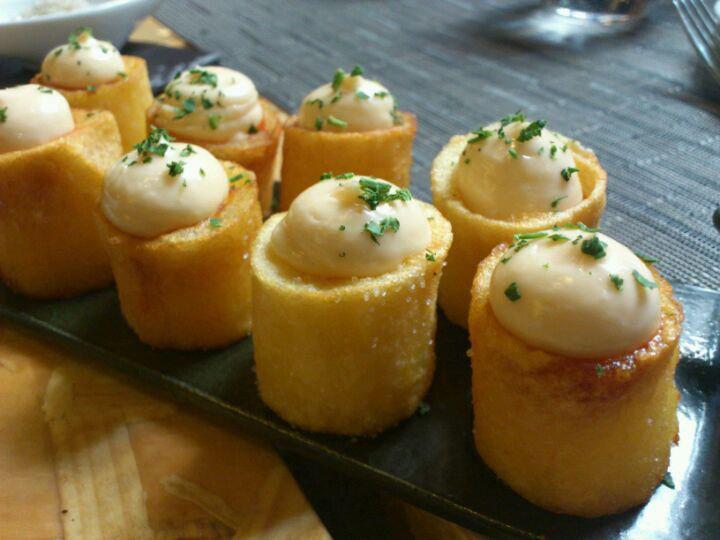 Las deliciosas patatas bravas de Vicool, en Madrid