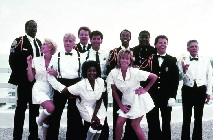 G.W. Bailey, Leslie Easterbrook, George Gaynes, David Graf, Janet Jones, Lance Kinsey, Matt McCoy, Marion Ramsey, Bubba Smith, Tab Thacker, and Michael Winslow in Police Academy 5: Assignment: Miami Beach (1988)