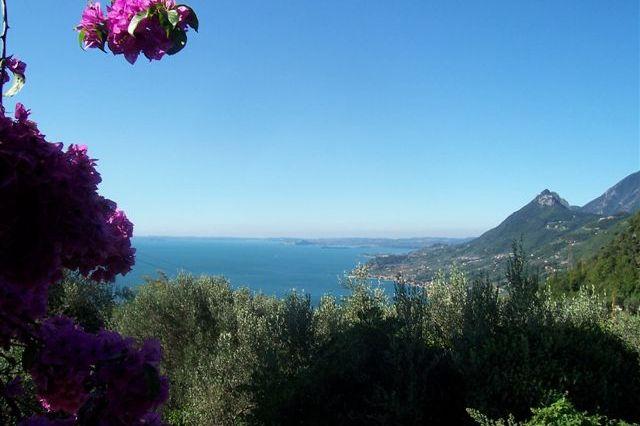 """La vista del lago dall'appartamento """"Isotta"""" situato al primo piano"""