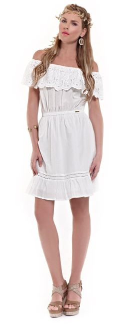 White casual chic ruffled mini dress for a really romantic date!