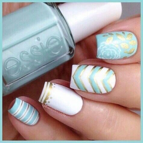 Mint, white, and gold with chevron accent nail and roses
