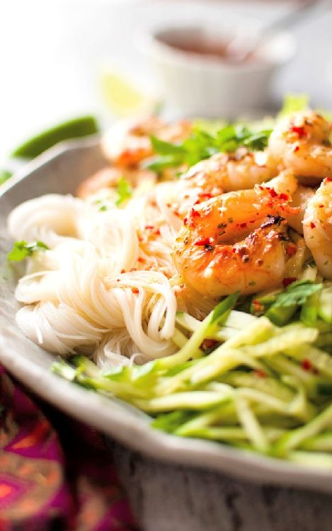 Low FODMAP and Gluten Free Recipes - Deep-fried shrimp with sesame noodle salad -- http://www.ibssano.com/low_fodmap_recipe_deep_fried_shrimp_sesame_noode_salad.html
