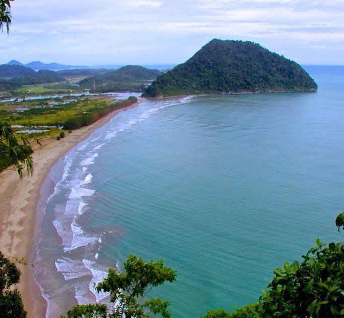 Paling Hits 30 Foto Pemandangan Dari Atas Gunung Pemandangan Dari Puncak Leher Unta Atau Punduk Unta Indonesia Sebagai Negara Di 2020 Pemandangan Foto Wisata Pulau