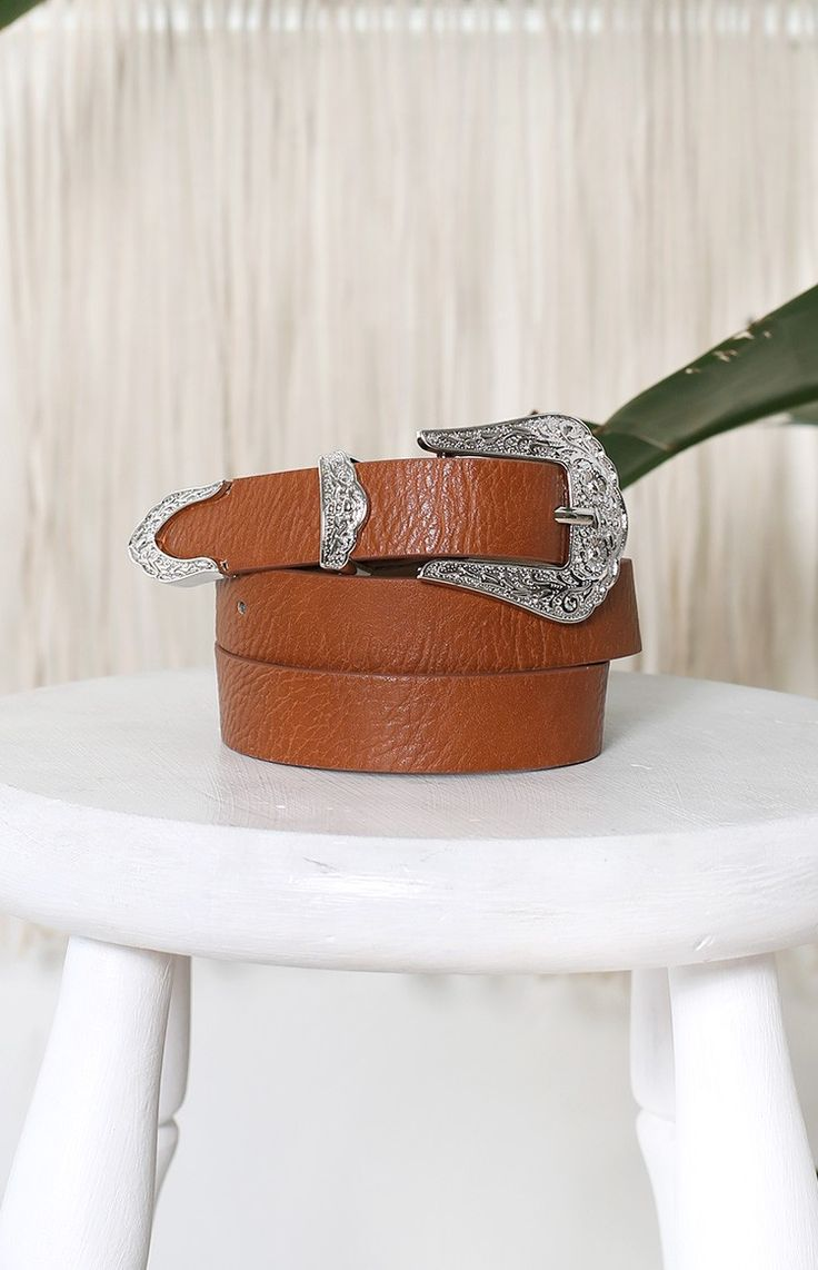 This belt who go beautiful with the skirt i have chosen #BBFEST #beginngboutique