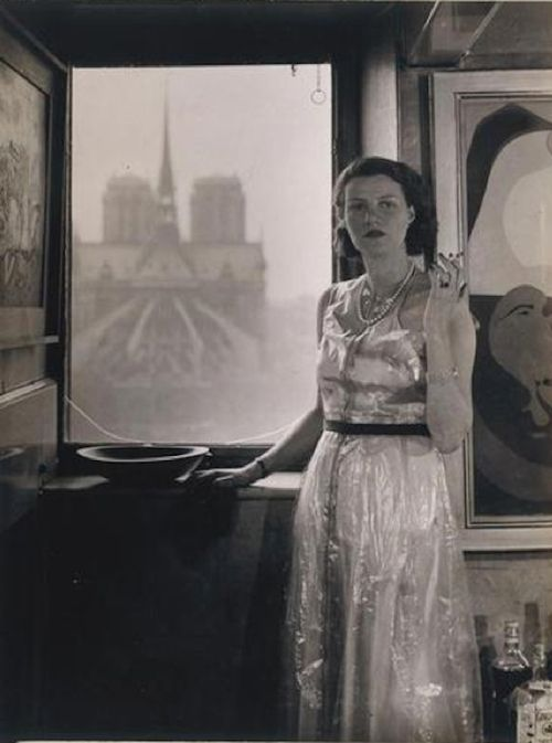 Peggy Guggenheim, Paris, C1930 (Rogi André) Shares my bday and left a fantastic museum in Venice!