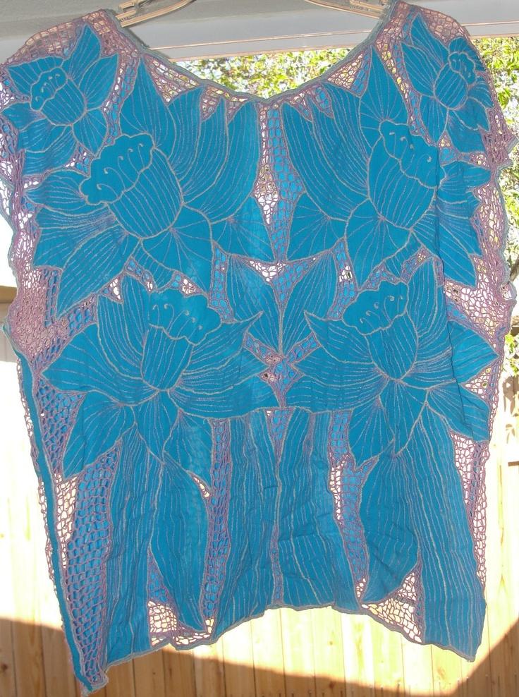 blue flowers + pink [Bali cutwork shirt]