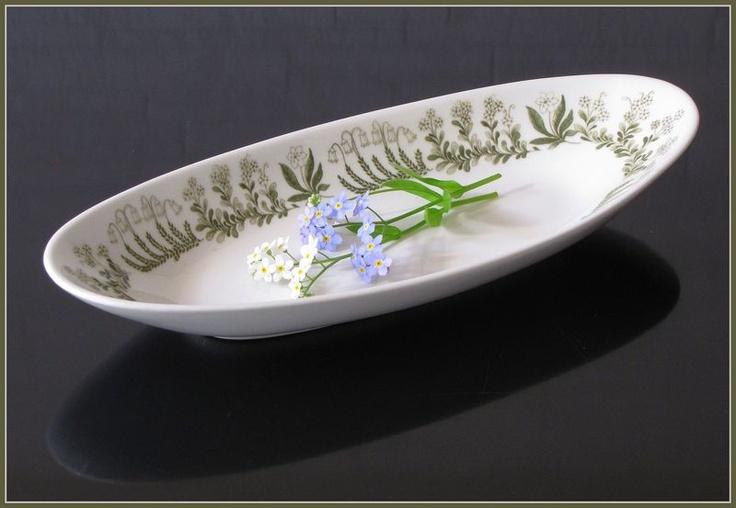 Arabia POLARIS herring plate, designed by Raija Uosikkinen.