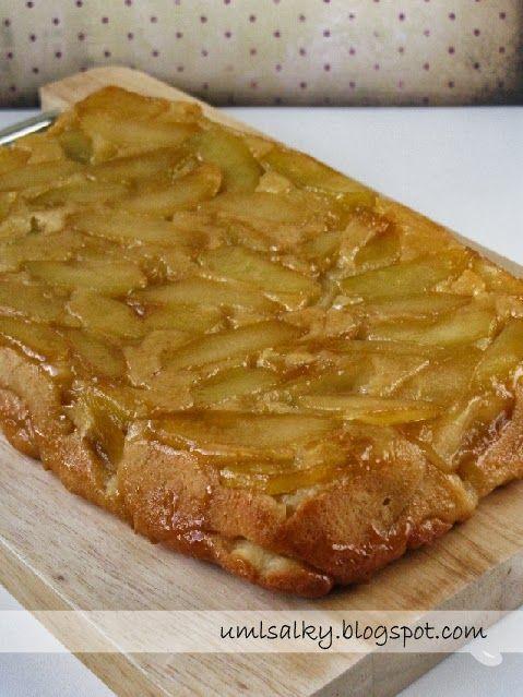 Už dříve jsem obrácený jablečný koláč zkoušela péct s listovým těstem. Jakmile jsem ale narazila na recept v kuchařce Deník Dity P. , už...