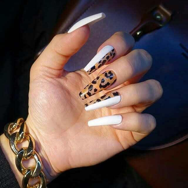Pin By Harlem Grl On Nails In 2020 Pretty Acrylic Nails Coffin Nails Designs Long Nails