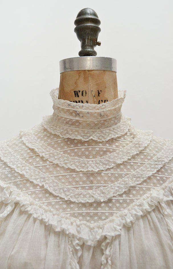 Museum Days Top / antique 1900s top / Edwardian antique blouse / antique blouse