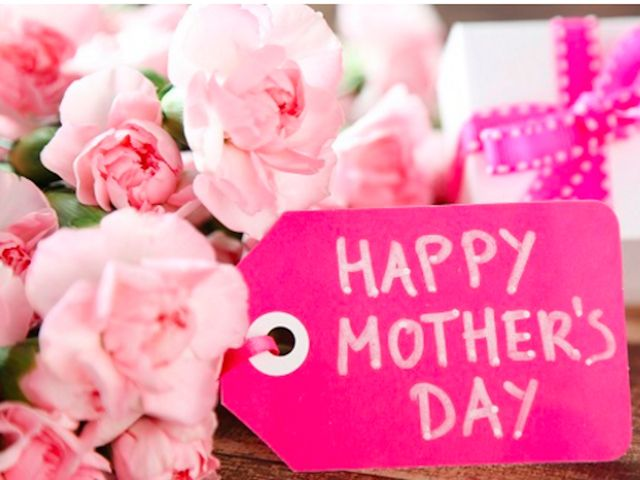 MOTHER'S DAY FLORAL WORKSHOP – EIJ433 Saturday, May 13, 9:30 a.m., Grades 3 – 6, Fee: $2.50 Mrs. Oakes from the Southside Garden Club returns to help students create a fresh floral centerpiece to present to someone special.  Registration will be in-person only and there is a non-refundable $2.50 fee per child to be paid at the time of registration.