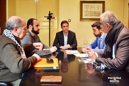 El 30 de marzo Día de la Tierra Palestina.  6 de marzo 2017 La Revista PALESTINA DIGITAL propuso al Ayuntamiento de Alcalá de Henares –Madrid, la plantación de un olivo con una placa c…