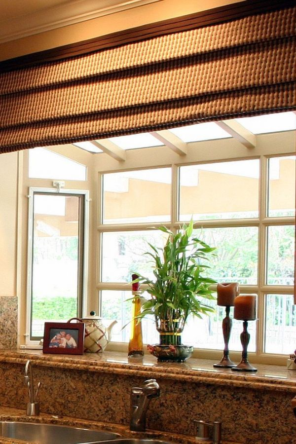Kitchen Garden Window Decorating Ideas In 2020 Window Decor Kitchen Garden Window Bay Window