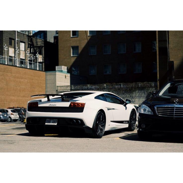 Superbe Lamborghini LP 570-4 Superleggera spotted in downtown Montreal. #lamborghini #superleggera #montreal