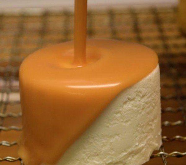 Gateau au yaourt au caramel liquide