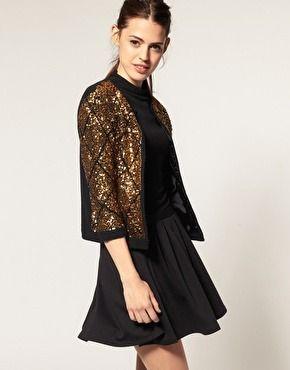 http://vestidosdenochecortos.com/7-modelos-de-chaquetas-de-lentejuelas/