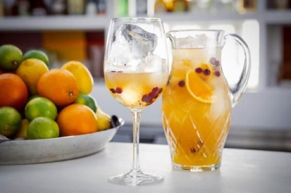 Летние  напитки: рецепты с фото освежающих напитков. Топ-5 необычного домашнего лимонада