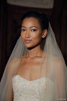 Maquiagem de noiva para negras: confira sugestões para o dia do casamento