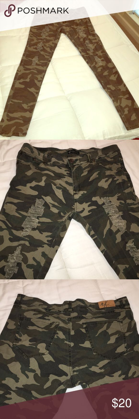 Women's Distressed Camo Pants New and without tags, but never worn. Pants have a faded look and tears to give distressed style! Olive and khaki camo! Super cute! Perfect for fall! Size 15 juniors R.F, Premium Jeans Pants Skinny