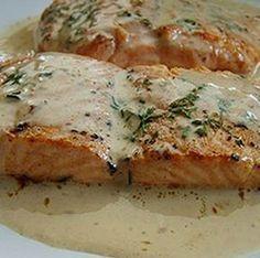 Egy finom Sült tengeri halfilé tejszínes mártással ebédre vagy vacsorára? Sült tengeri halfilé tejszínes mártással Receptek a Mindmegette.hu Recept gyűjteményében!