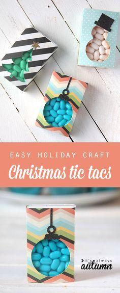 Christmas tic tacs - Überraschung gelingt auch mit Schokolinsen. Perfekt für den nächsten Adventskalender oder als kleines Geschenk