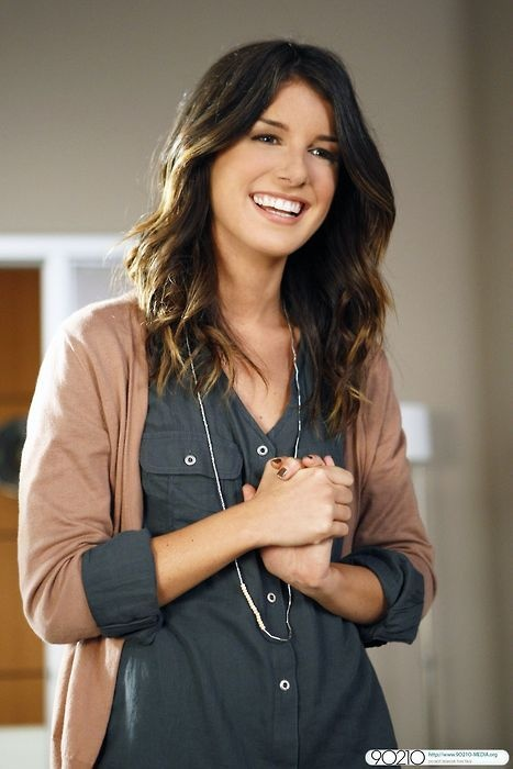 90210 Annie Wilson Love the way she dresses ♥