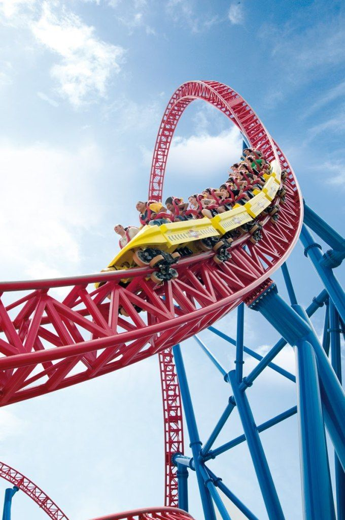 """Superman Escape – Movie World. I can finally tick this of my bucket list next to the sentence """"near death experience"""" ✔"""