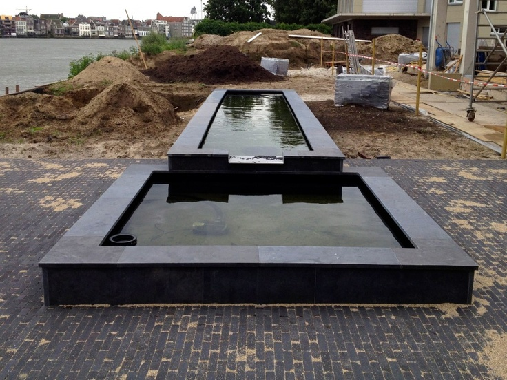 58 best images about vijvers on pinterest gardens tuin and steel frame - Rectangle pool with water feature ...