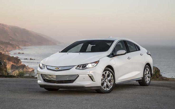 2018 Chevy Volt overview