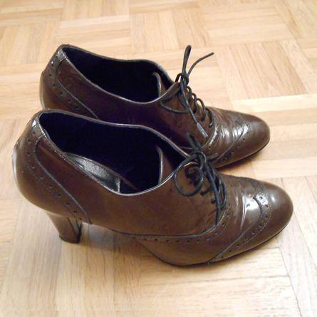 derbies marron derbies talon chaussures r tro les produits accessoires mode et beaut du. Black Bedroom Furniture Sets. Home Design Ideas