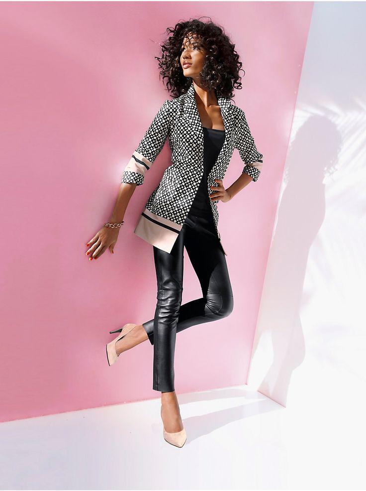 53 best tenues pour femmes d 39 affaire images on pinterest. Black Bedroom Furniture Sets. Home Design Ideas