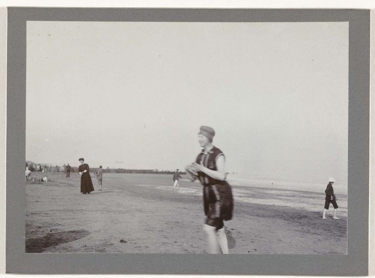 Vrouw op het strand, Henry Pauw van Wieldrecht, 1909