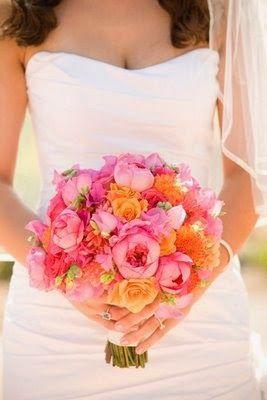 Pink and Orange Wedding Ideas | Wedding Bouquet.  http://simpleweddingstuff.blogspot.com/2014/04/pink-and-orange-wedding-ideas.html